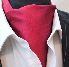 Cravate Ascot 100% soie Front UK Made. Rouge Bordeaux doupion soie + match Hanky.