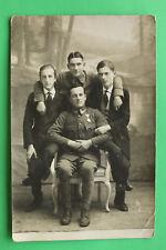 K.u.K. Foto AK Soldaten Uniform Orden Auszeichnung Zivil 1914-18 1.WK WWI