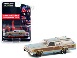 1979 FORD LTD COUNTY SQUIRE BLUE WEATHERED TERMINATOR 2 1/64 GREENLIGHT 44920 C