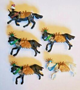 "Lot Of Military Horse Figures Plastic 3.5"" Battle Dress"
