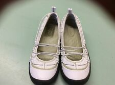 Women's PRIVO White Loafers Flats Shoes size 6 Elastic Lace