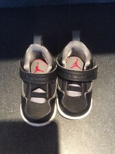Baby Boys Jordan Trainers Size 3.5, Excellant Condition.