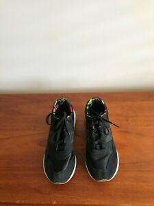 Ladies New Balance Shoes
