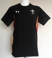 WALES RUGBY S/S BLACK TRAINING JERSEY BY UNDER ARMOUR SIZE ADULTS SMALL NEW