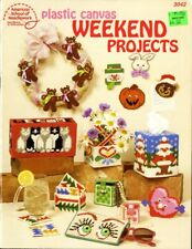 Plastic Canvas Weekend Projects 3042 Santa Plastic Canvas Pattern Leaflet
