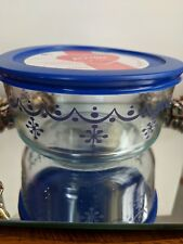 Pyrex Storage Container-4 Cup-Snowflake Garland-Limited Edition-NWT