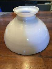 Ancien grand globe en opaline blanche pour lustre suspension