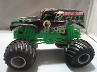 Grave digger 1/24 scale diecast monster truck