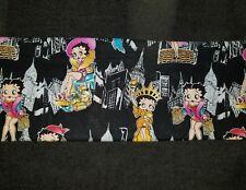 Custom - Betty Boop City Skyline Shop Dress Up Black Bath Hand Towel Set 2