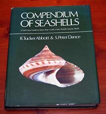 Compendium of Seashells: A Color Guide to More Than 4,210 of the World's Mari…