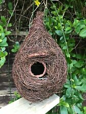 Natural nest / nest pocket / house for small birds