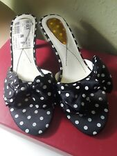 Liz Claiborne Ladies Black with White Polka Dots and Bow Slingback Size 6