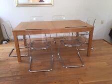 Table extensible IKEA Bjursta et 6 chaises IKEA Tobias