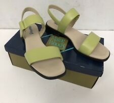 Maine Woods W-Link Lime Green Sandals NEW IN BOX Size 7.5 M