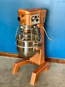 Hobart D300T 30 Quart Qt Bakery Dough Mixer With New Bowl