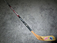 CHRIS CHELIOS Detroit Red Wings Autographed SIGNED Hockey Stick w/ COA HoF