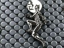 pins pin BD CAT WOMEN  DEMONS ET MERVEILLES