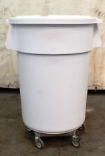 Rubbermaid, Trash Can With Lid And Dolly, Fg264300Wht, 44 Gal, Food Grade
