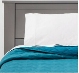 Pillowfort Twin Triangle Vintage Wash Jersey Quilt Turquoise
