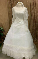 VINTAGE JC PENNEY LACE SLEEVE WEDDING DRESS RENAISSANCE FAIRE GOWN VEIL SZ 11-12