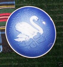 Bing & Grondahl Mother's Day Plate - 1976 - Swans - MIB
