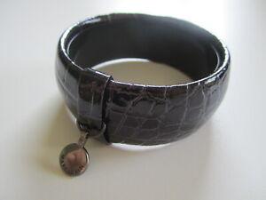 Marc Cain Designer Armreifen Schlange Leder Optik Lila Dunkel TOP! Armband