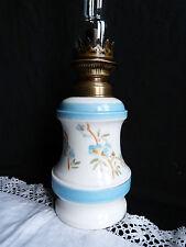 Lampe à pétrole en porcelaine époque XIXème Louis Philippe