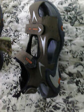 ECCO NEW $95 Girl's Ruggard Sandal 2M  -  2.5 M  or 33 EU Triple closure