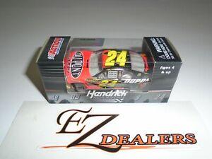 Jeff Gordon #24 2011 Impala DuPont 1/64 Lionel NASCAR Racing Gold Series