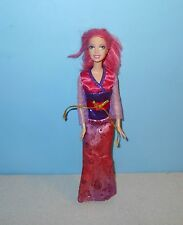2004 Mattel Fashion Make-Up Barbie Doll Bending Knees in Sparkle Pink Dress