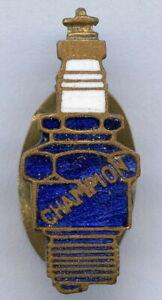 Vintage Motor Car Spark Plug CHAMPION 1920s Buttonhole Enamel Badge RARE !!!