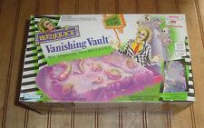 Vintage 1990 Kenner Beetlejuice Vanishing Vault Playset NIB Factory Sealed