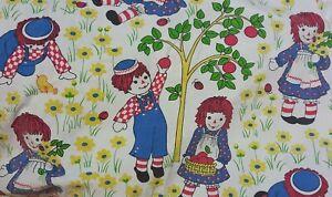 Vintage Raggedy Ann Fabric Remnant (73cm x 45cm) RARE!!