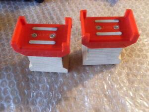 BRIO 2 TRACK SUPPORTS WITH BRIO LOGO