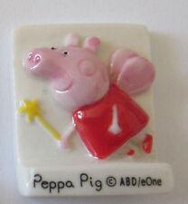 FEVE DE COLLECTION A L'UNITE RARE PEPPA PIG ABD/eOne EN FEE FEVE PLATE