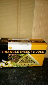 TRAINGLE INSECT HOUSE