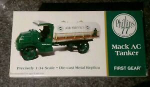 *2002 First Gear Phillips 77 Aviation Mack AC Gas Tanker Truck 1/34 Toy 19-2941