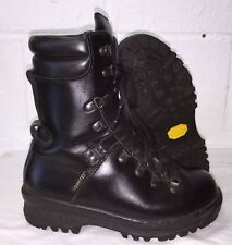 ECW BLACK LEATHER EXTREME COLD WET WEATHER GORE-TEX BOOTS -  4 M , British Army