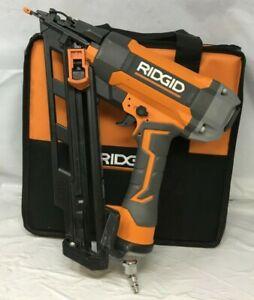 Ridgid R250AFF 15-Gauge Angled Finish Nailer Nail Gun,GR