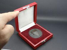 """Alte Medaille """"10 Jahre für den Tierpark Berlin"""" im Etui DDR (241014)"""