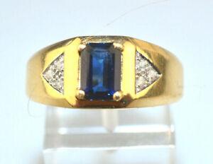VTG MENS 14K YELLOW GOLD RECTANGULAR SAPPHIRE RING W/ DIAMOND ACCENTS SIZE 9.25