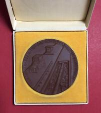 DDR Böttger Steinzeug Medaille im Original Etui VEB Rohrleitung Rodewisch( M1239