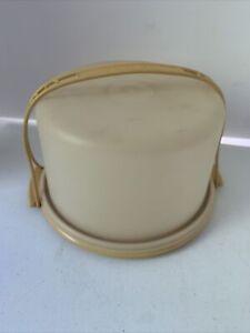 Vintage Tupperware Pie/Cake Keeper Carrier Harvest Gold 684-2, 683-2 Lid,Handle