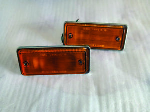 DATSUN 620 TURN SIGNAL LIGHT LAMP SIDE FENDER MARKER