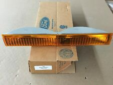 (1) NEW OEM FORD CROWN VICTORIA PARK LAMP TURN SIGNAL RIGHT PASSENGER 1988-1991