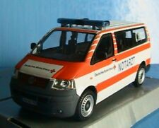 VW VOLKSWAGEN T5 BUS KOMBI NOTARZT DEUTSCHES ROTES KREUZ SCHUCO JUNIOR 1/43