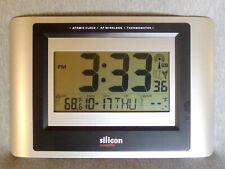 Silicon Digital Wireless Atomic Clock & Thermometer