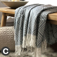 Luxury Grey White Woollen Touch Large Blanket Sofa Throw Fringed Geometric Soft