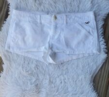 Hollister Low Rise white Jean shorty Shorts Size 9
