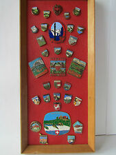 KONVOLUT SAMMLUNG PLAKETTEN + PINS ORIGINAL EMAILLE PLAKETTE BADGE PLACCA PLAQUE